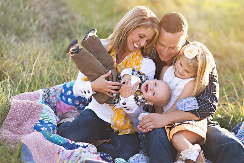 Что принуждён иметь навык создавать семейственный фотограф?