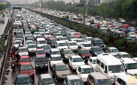 Пробки в Москве мешают нормальной деятельности жителей столицы